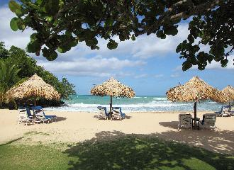 thumbnail of A Guide to Jamaican All Inclusives